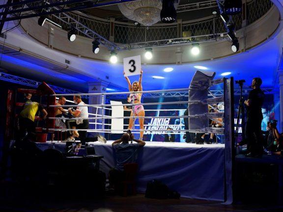 Gala Wach Boxing